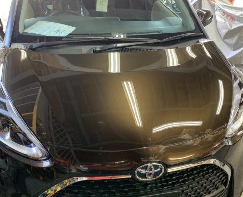 トヨタのシエンタにガラスコーティングを施工
